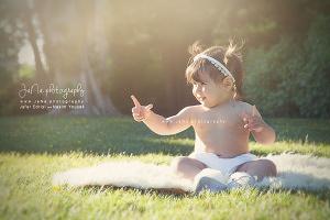 sunny-cute-baby-photoshoot-jana