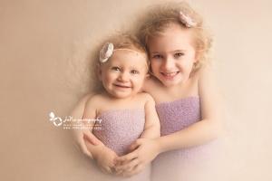 cute-siblings-jana-photoshoot