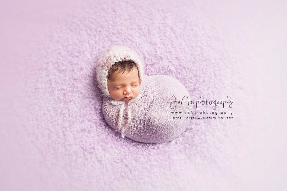Vancouver-newborn-photographer-full-wrap