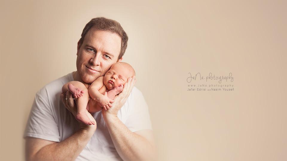 vancouver-newborn-photographer-dad-newborn