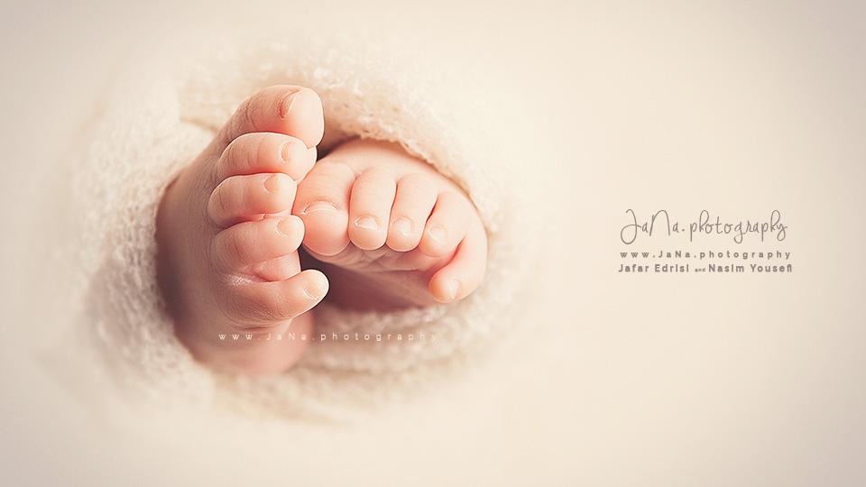 vancouver-newborn-photography_jana_detail_macro_web