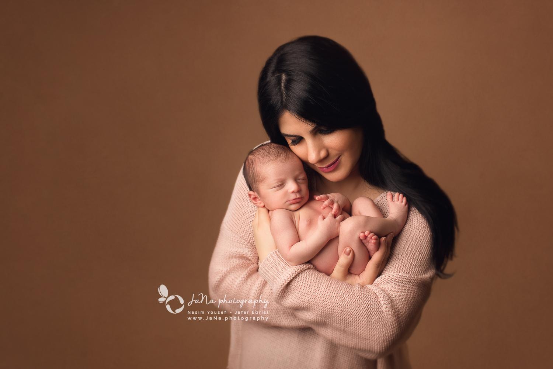 Vancouver newborn photography | Illya - JaNa photography