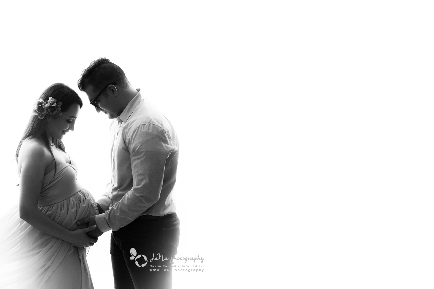 north vancouver couple - studio light maternity phootgraphy - black and white - couple