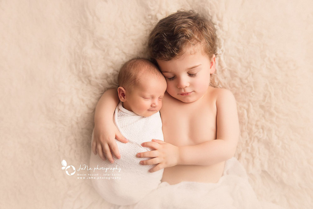 newborn photography -sibling