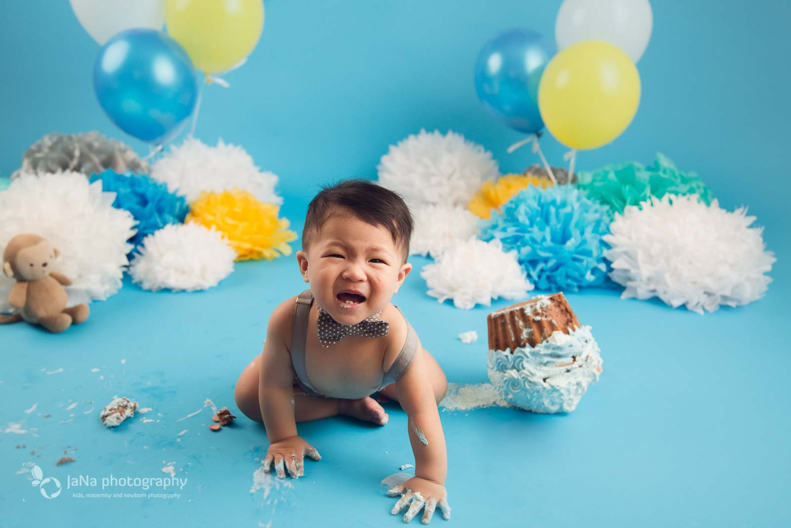 vancouver cake smash photography