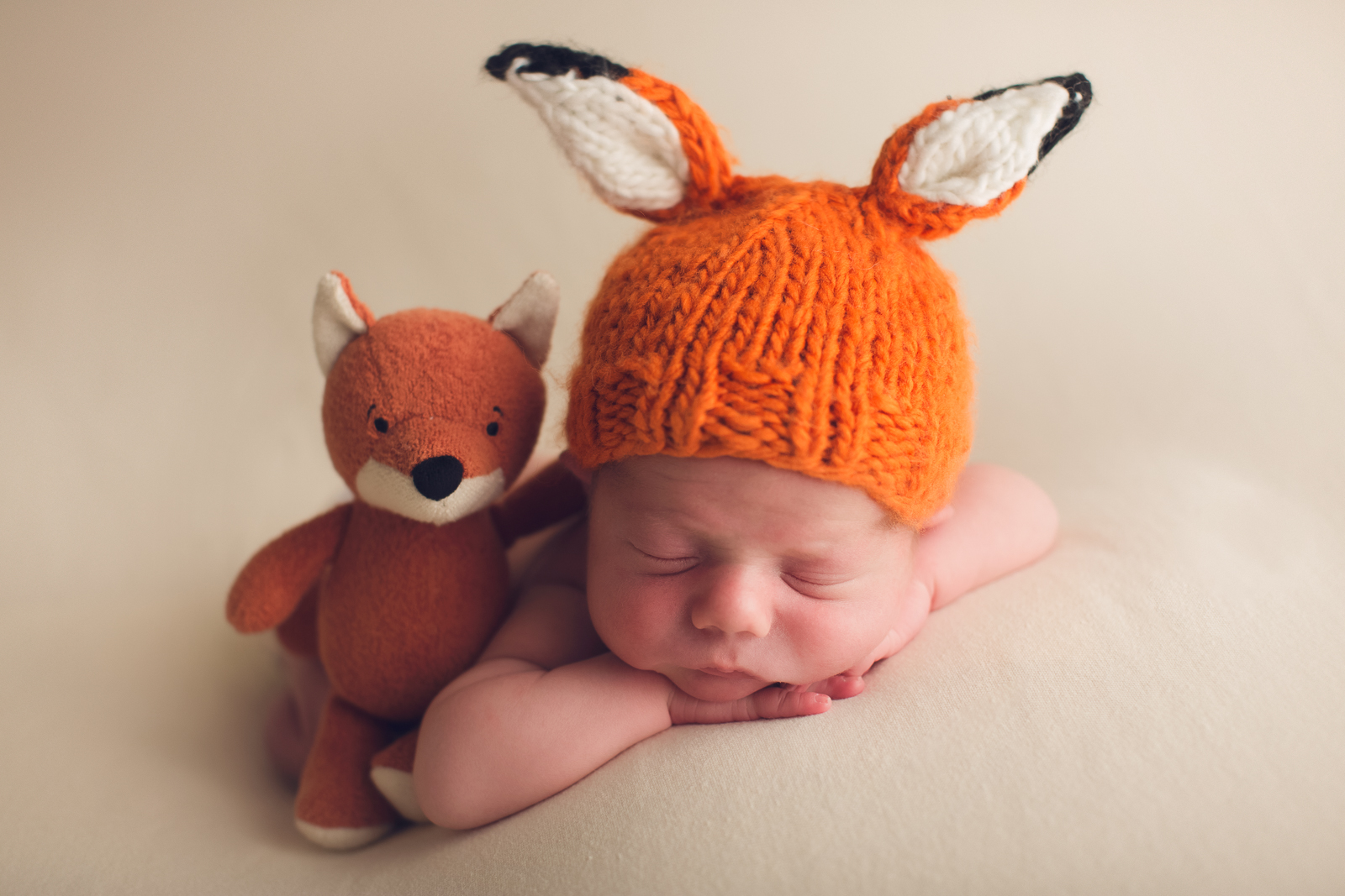 vancouver burnaby newborn photography - luca - fox outfeet