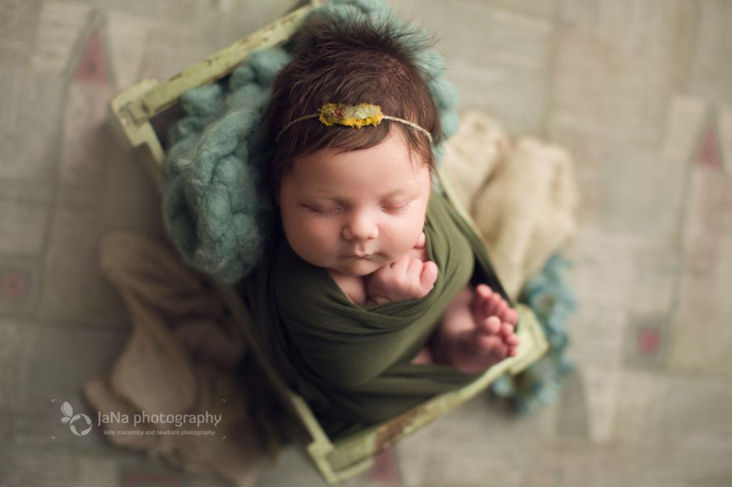 newborn photography girl, Vancouver newborn photography | Ana