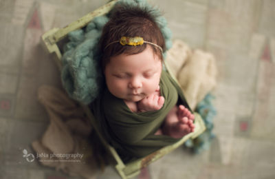 Vancouver, Burnaby newborn photography - Ana green bed