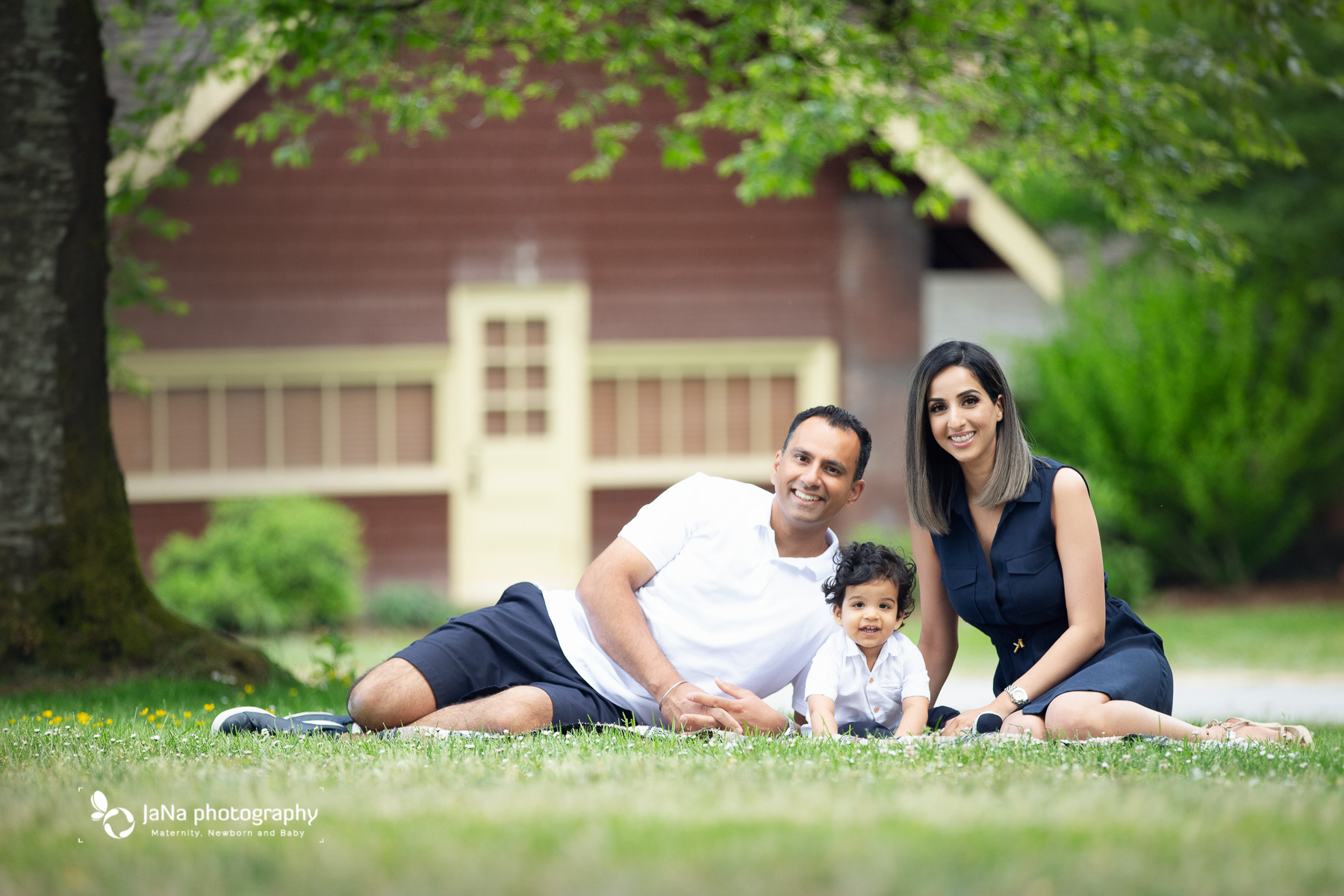 Vancouver outdoor family photography - casual