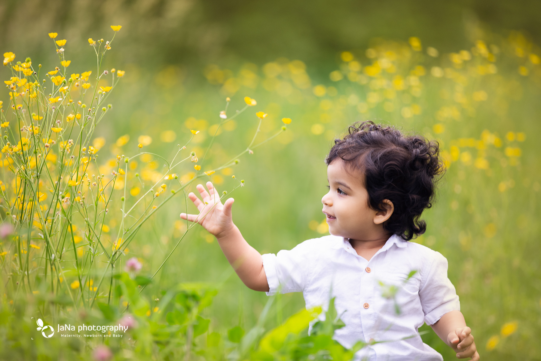 Vancouver outdoor family photography - flower