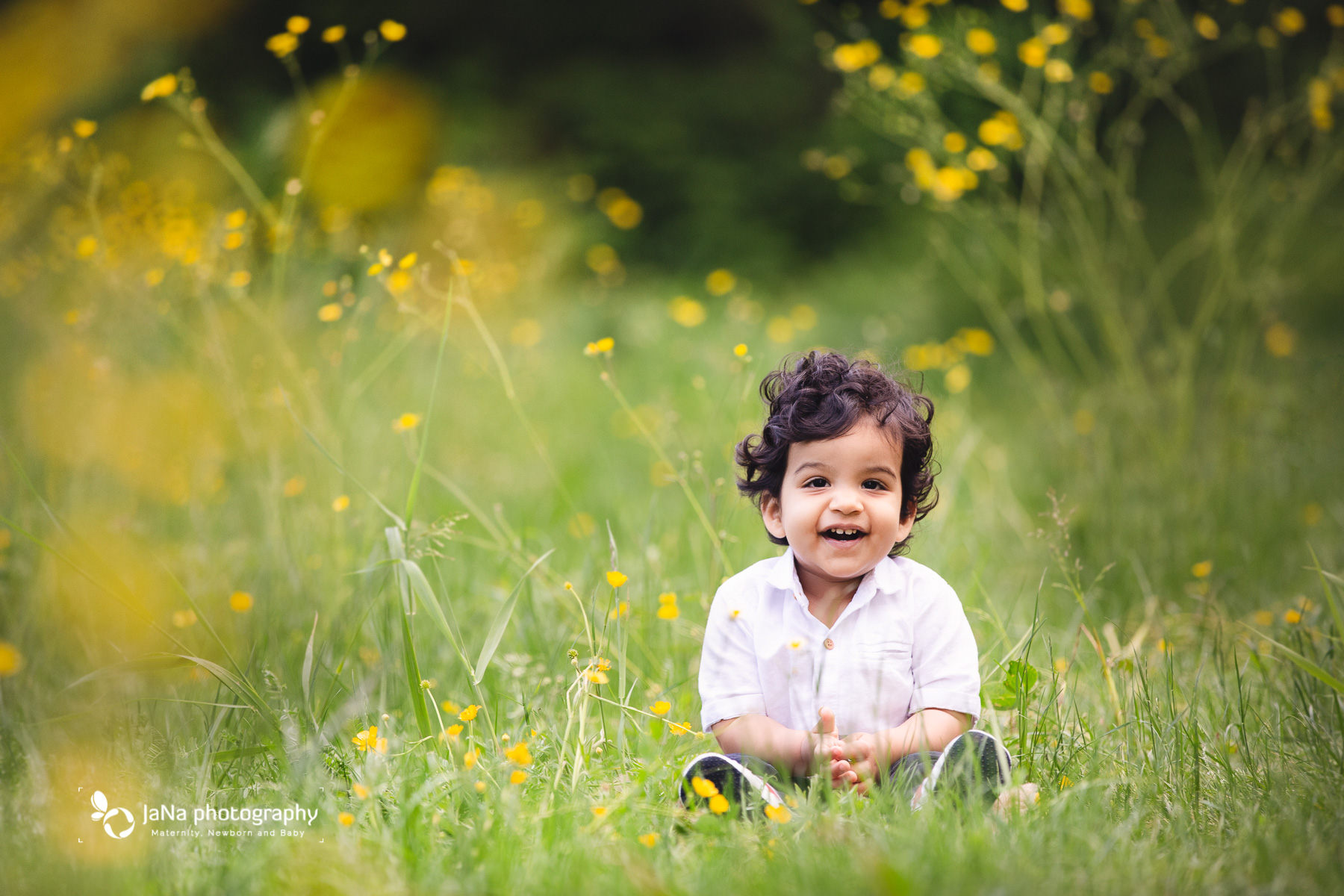 Vancouver outdoor family photography - yellow flower