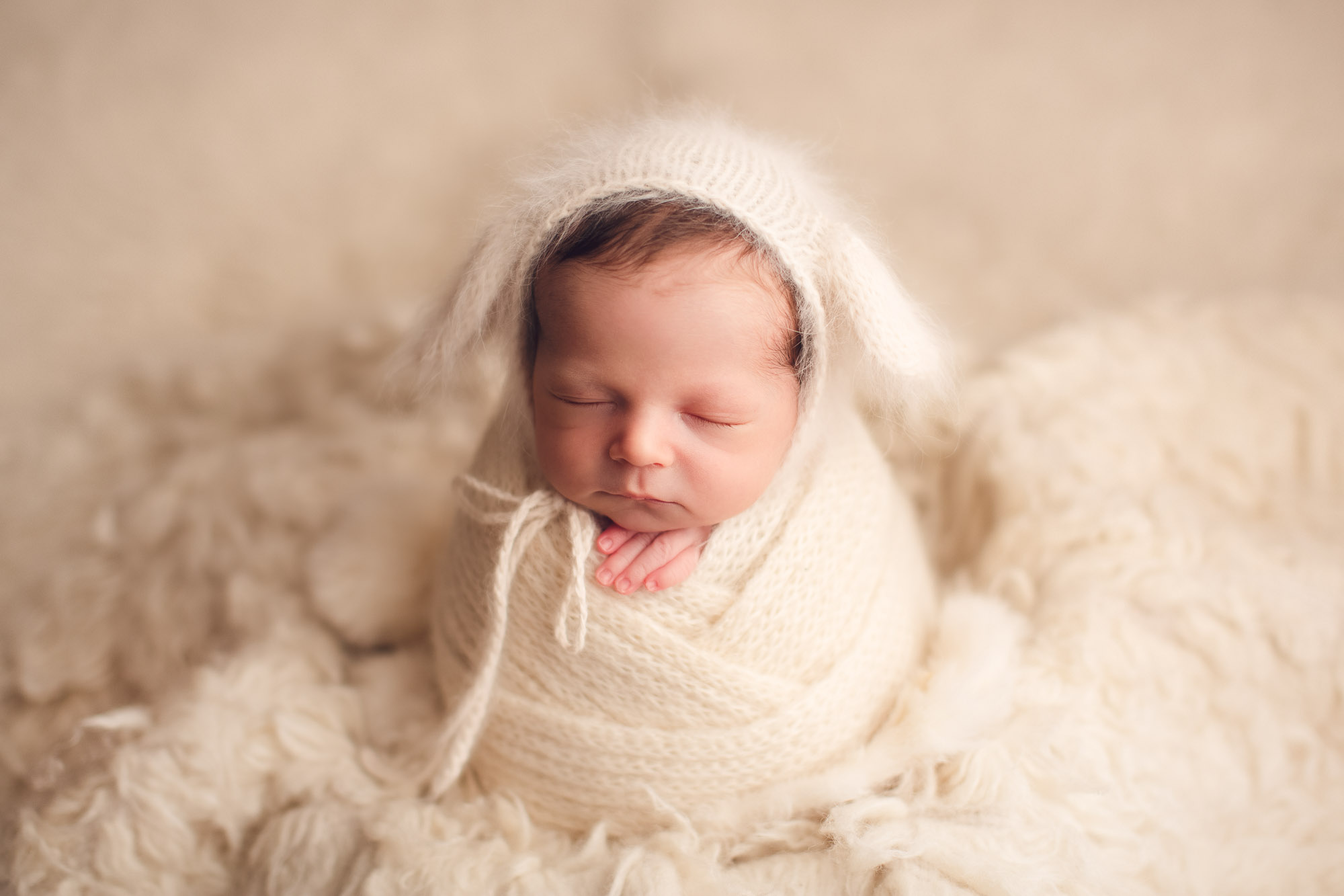 newborn photography - cute white setup