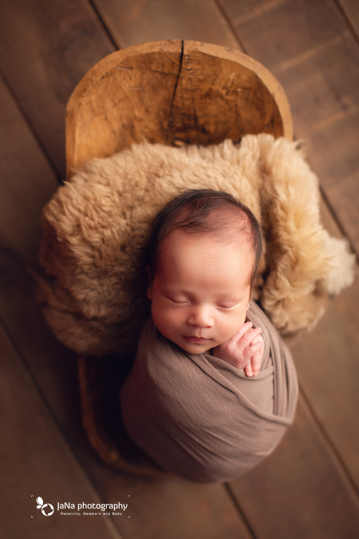 Vancouver best newborn photographer-brown setup for baby boy newborn