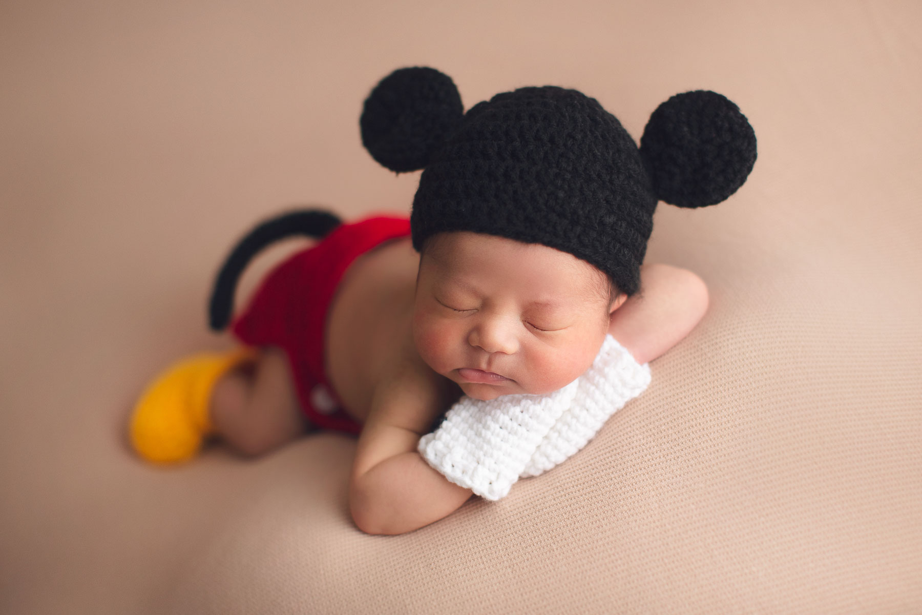 newborn photography Mickey mouse outfit
