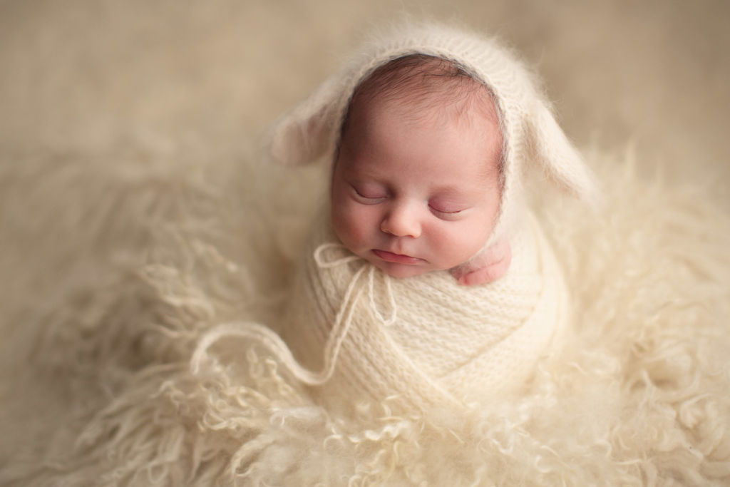 affordable vancouver newborn photography - cute white