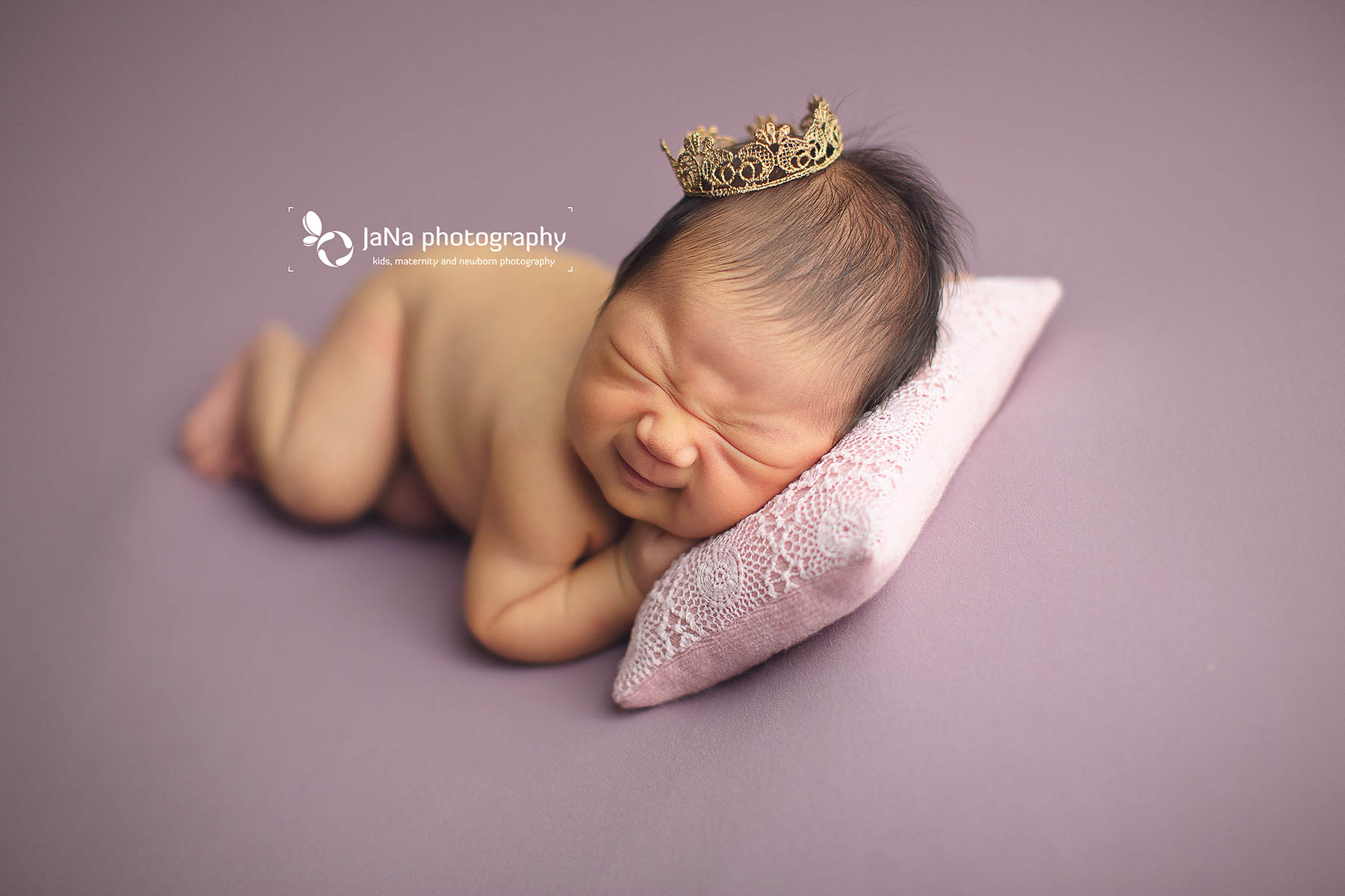 newborn photography in Vancouver-jana