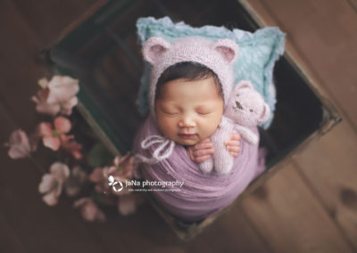 newborn photography vancouver - baby girl