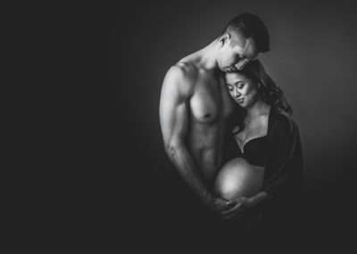 black and white maternity photography couple