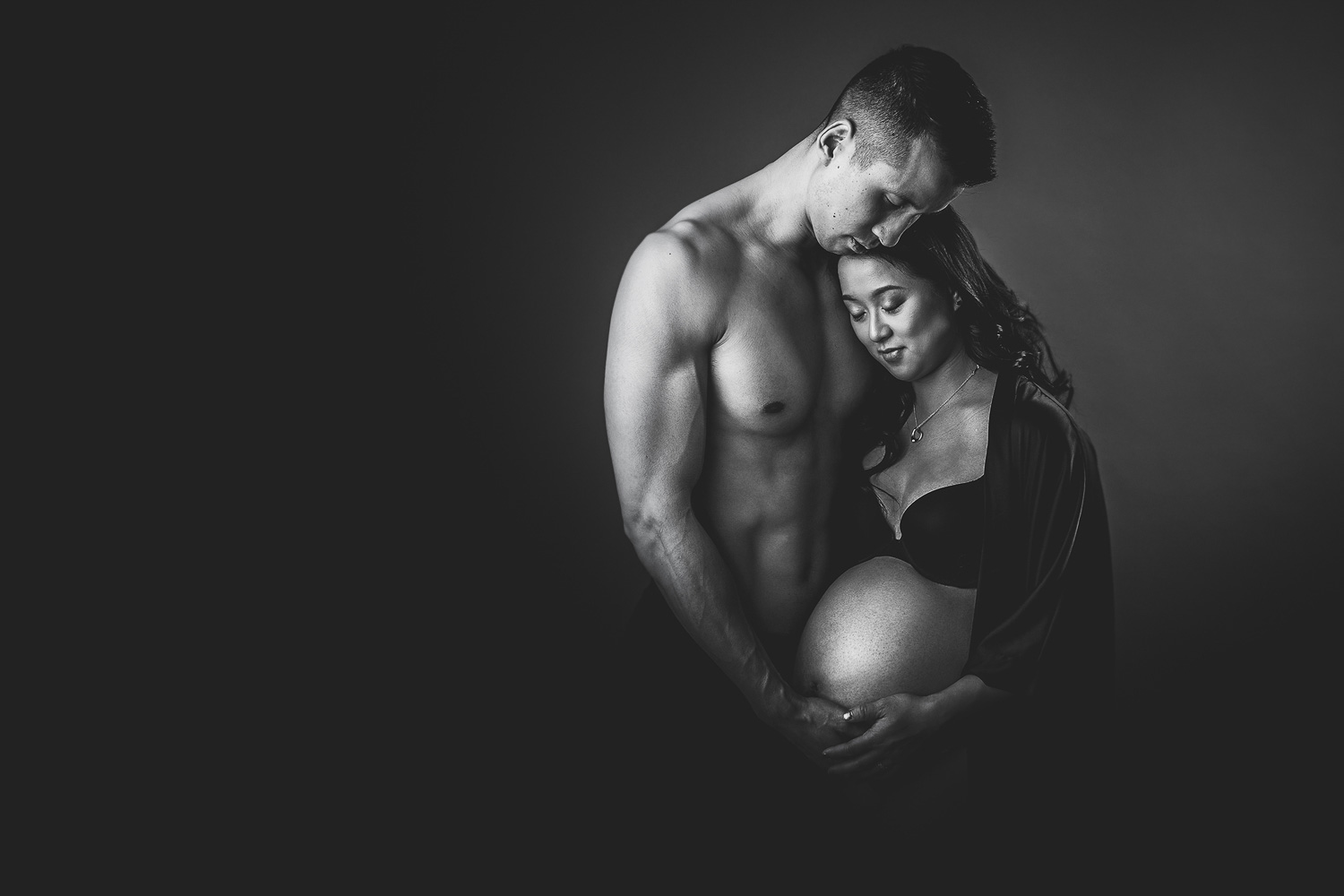 black-white-couple-maternity-vancouver
