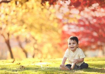 outdoor fall baby boy - vancouver color yellow and red