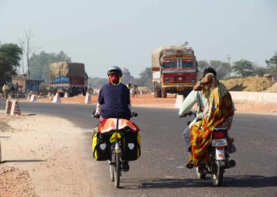 cycling around the world - jana - india