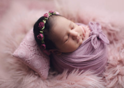 newborn photography - baby girl -pink