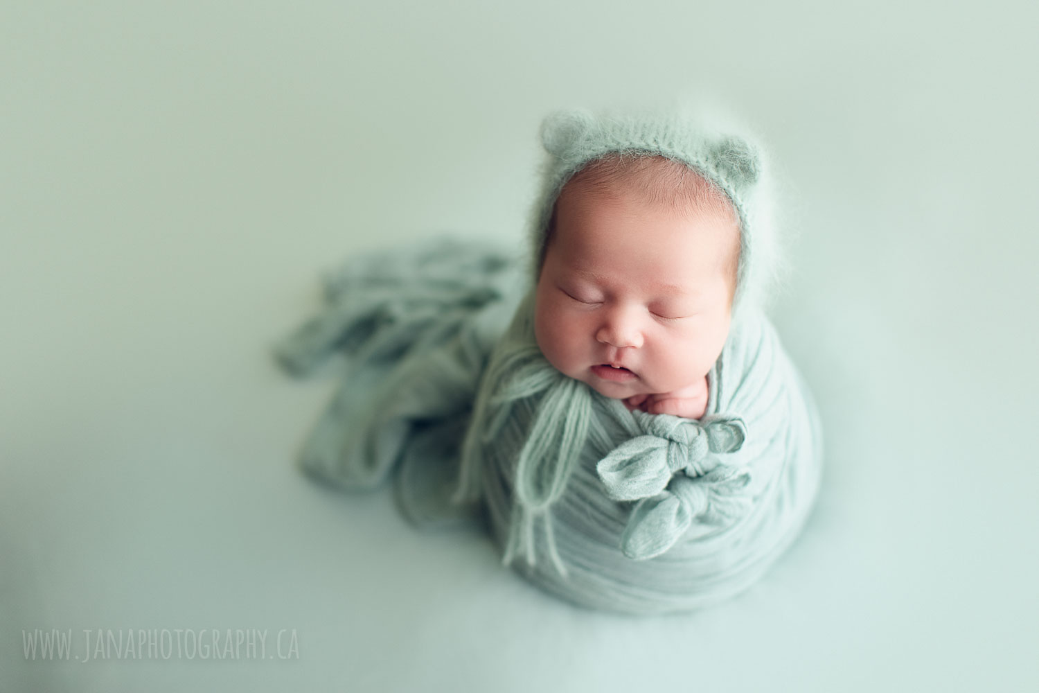 newborn baby girl - green setup -