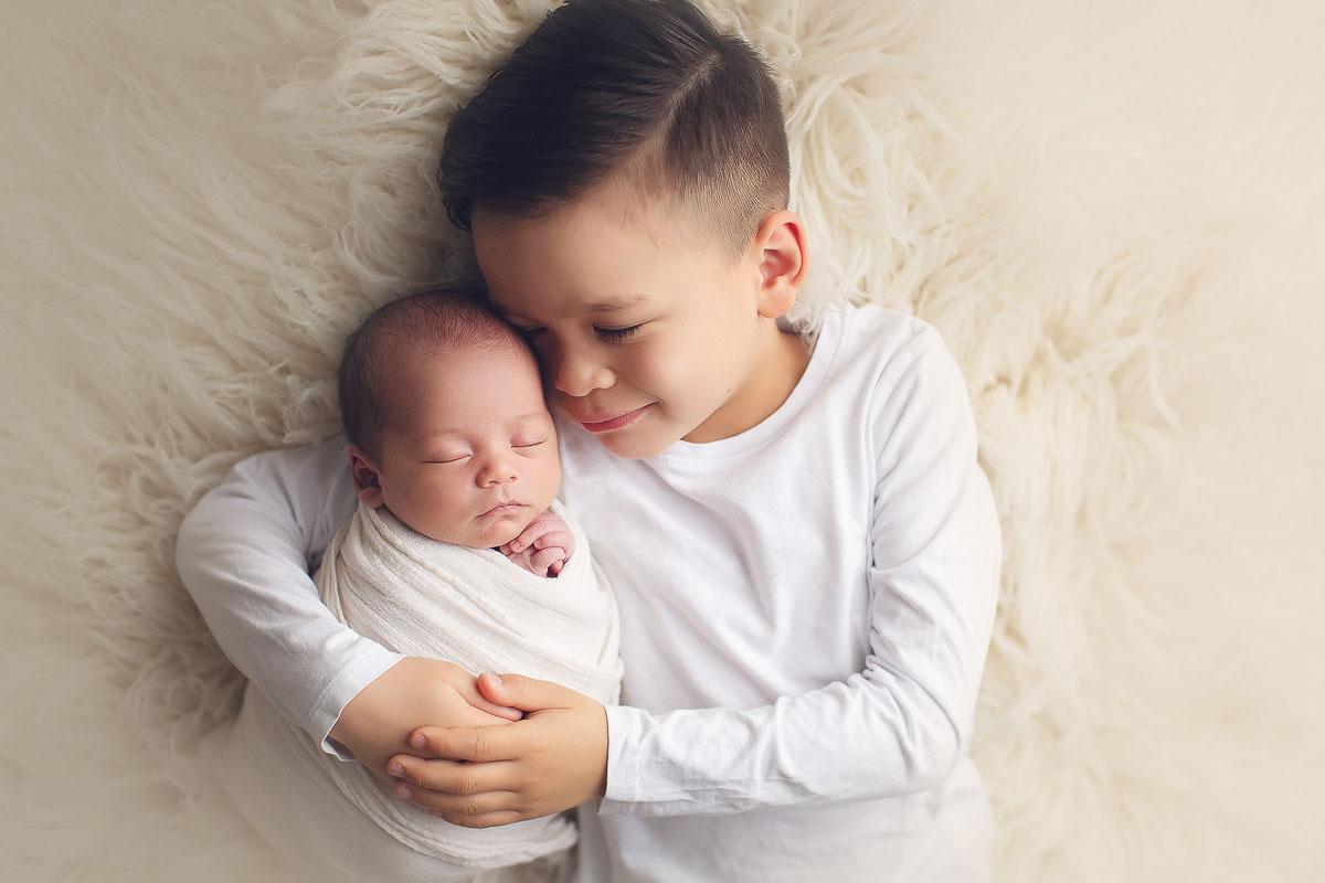 sibling brothers photo - hug - white back ground