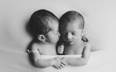 Twins newborn photography | Vancouver
